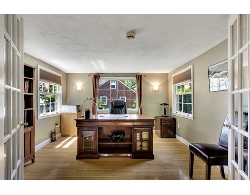 Picture 5 of 66 Newcastle Rd  Belmont Ma 3 Bedroom Single Family