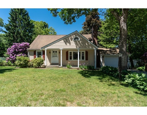 Picture 1 of 11 Linda Rd  Wilmington Ma  3 Bedroom Single Family