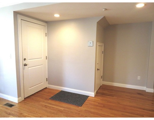 Picture 8 of 112 Washington St Unit 1 Medford Ma 2 Bedroom Condo