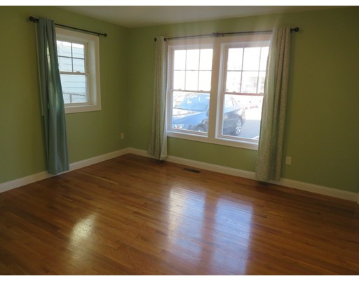 Picture 10 of 112 Washington St Unit 1 Medford Ma 2 Bedroom Condo