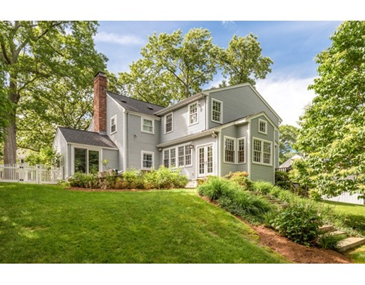 Picture 2 of 43 River Glen Rd  Wellesley Ma 4 Bedroom Single Family