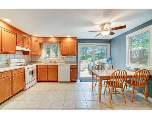 Picture 4 of 95 Wildcrest Ave  Billerica Ma 3 Bedroom Single Family
