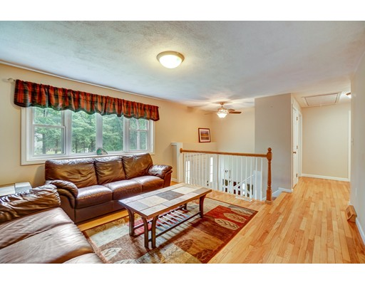 Picture 7 of 95 Wildcrest Ave  Billerica Ma 3 Bedroom Single Family