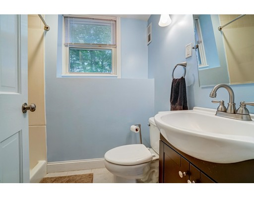 Picture 11 of 95 Wildcrest Ave  Billerica Ma 3 Bedroom Single Family