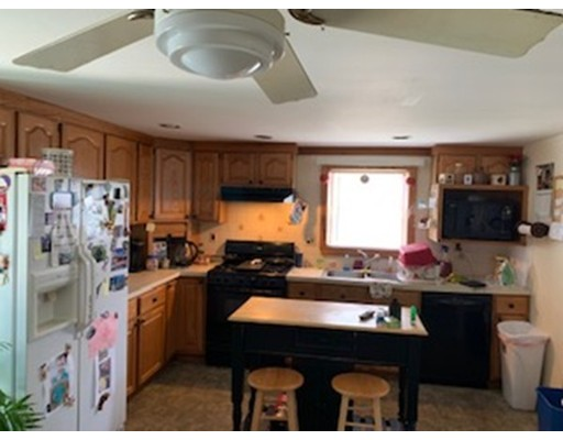 Picture 7 of 35 Cabot St  Beverly Ma 4 Bedroom Single Family