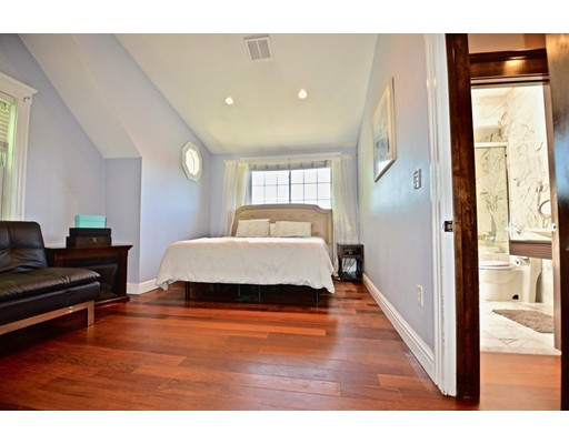 Picture 12 of 78 Taft Ave Unit 2 Newton Ma 3 Bedroom Condo