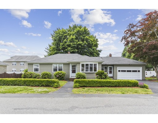 Picture 2 of 4 Anthony St  Methuen Ma 3 Bedroom Single Family