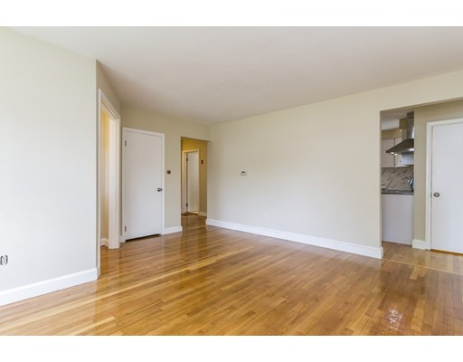 Picture 11 of 4 Anthony St  Methuen Ma 3 Bedroom Single Family