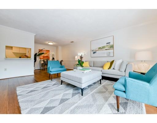 Picture 4 of 1600 Massachusetts Ave Unit 302 Cambridge Ma 2 Bedroom Condo