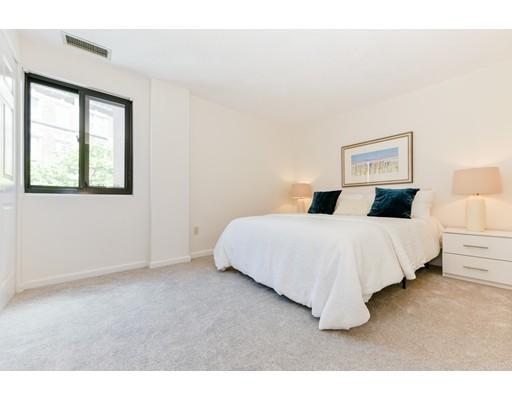 Picture 7 of 1600 Massachusetts Ave Unit 302 Cambridge Ma 2 Bedroom Condo