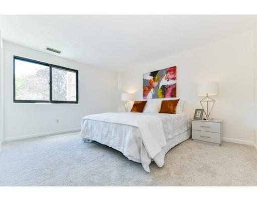 Picture 8 of 1600 Massachusetts Ave Unit 302 Cambridge Ma 2 Bedroom Condo