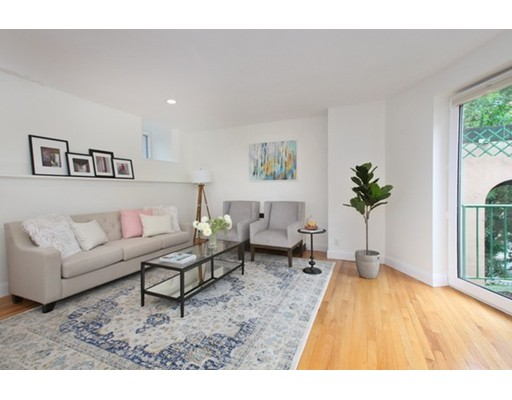 Picture 3 of 492 Beacon St Unit S Th Boston Ma 3 Bedroom Condo