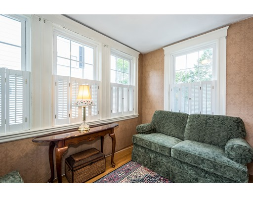Picture 7 of 117 Greene St  Quincy Ma 3 Bedroom Single Family