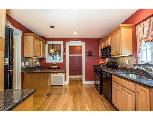 Picture 11 of 117 Greene St  Quincy Ma 3 Bedroom Single Family