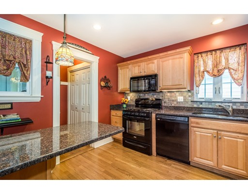 Picture 12 of 117 Greene St  Quincy Ma 3 Bedroom Single Family
