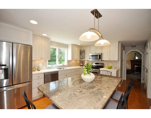 Picture 7 of 116 Davis Rd  Bedford Ma 4 Bedroom Single Family