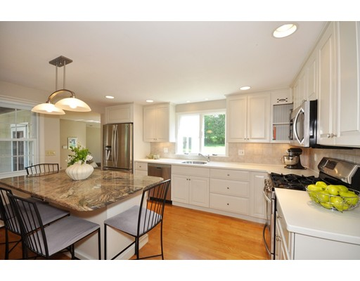 Picture 9 of 116 Davis Rd  Bedford Ma 4 Bedroom Single Family