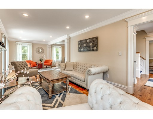 Picture 6 of 3 Chapel Way  Stoneham Ma 4 Bedroom Single Family