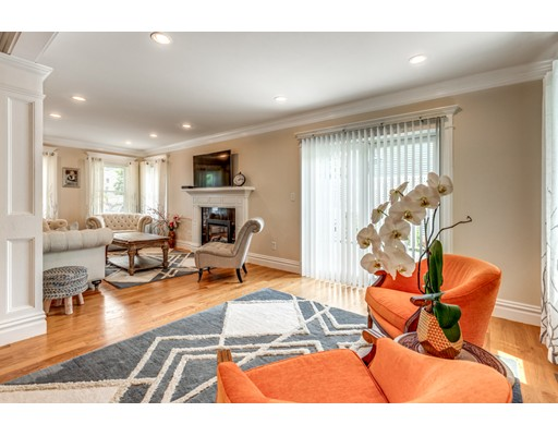 Picture 7 of 3 Chapel Way  Stoneham Ma 4 Bedroom Single Family