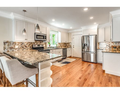 Picture 10 of 3 Chapel Way  Stoneham Ma 4 Bedroom Single Family