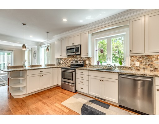 Picture 11 of 3 Chapel Way  Stoneham Ma 4 Bedroom Single Family