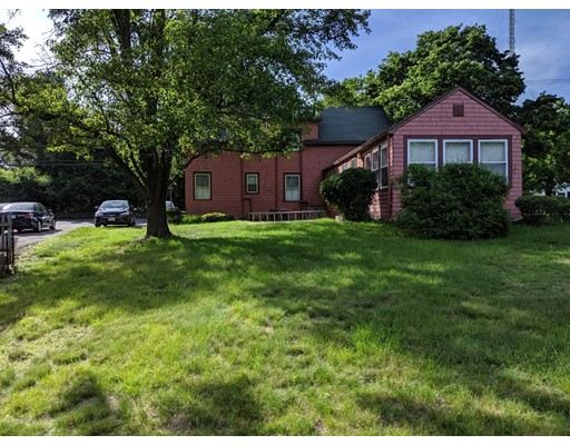Picture 2 of 234 Central Ave  Needham Ma 3 Bedroom Single Family