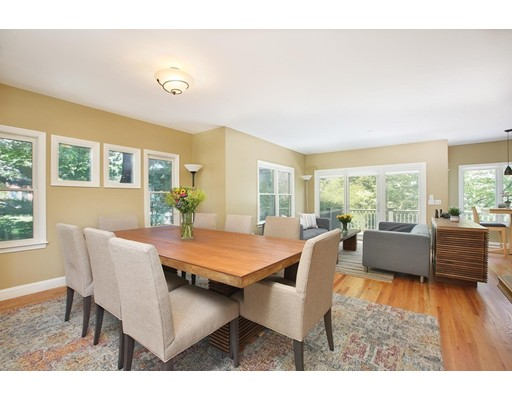 Picture 4 of 1589 Centre St Unit 8 Newton Ma 3 Bedroom Single Family