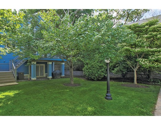 Picture 10 of 1589 Centre St Unit 8 Newton Ma 3 Bedroom Single Family
