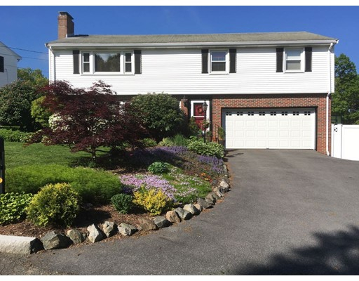 6 Skyline Dr, Winchester, MA 01890