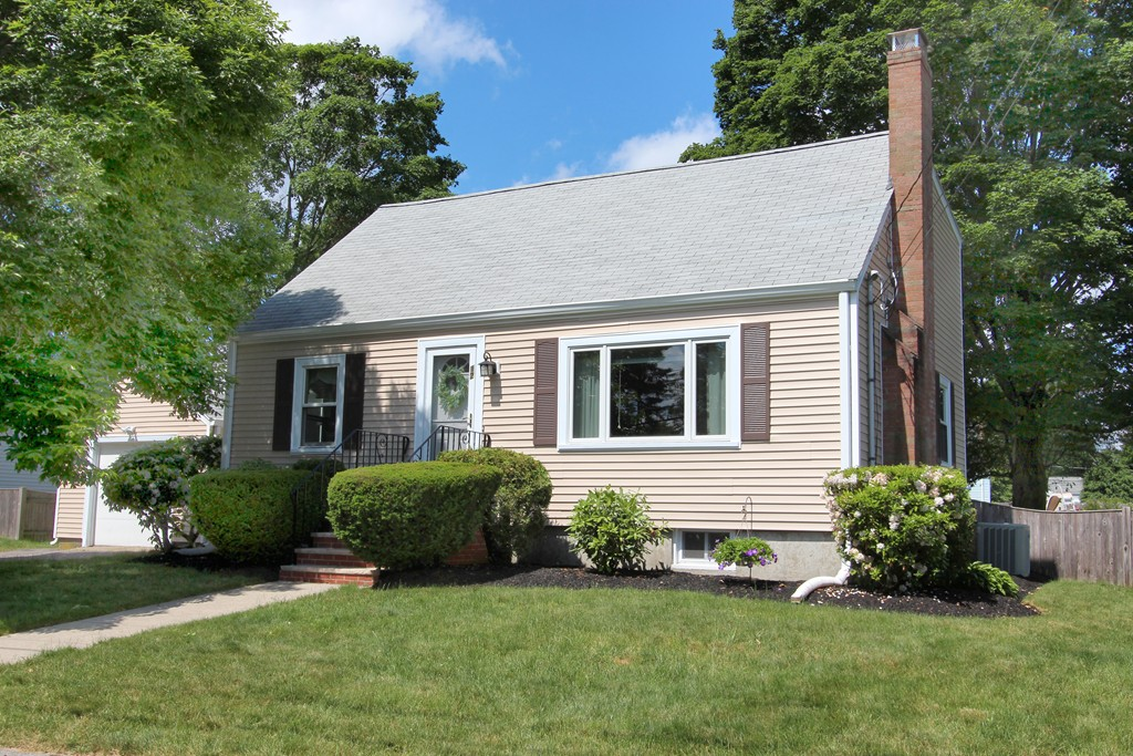 12 Woodland Rd, Norwood, Massachusetts
