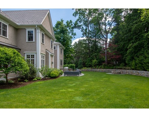 49 Bristol Rd, Wellesley, MA Photo #2