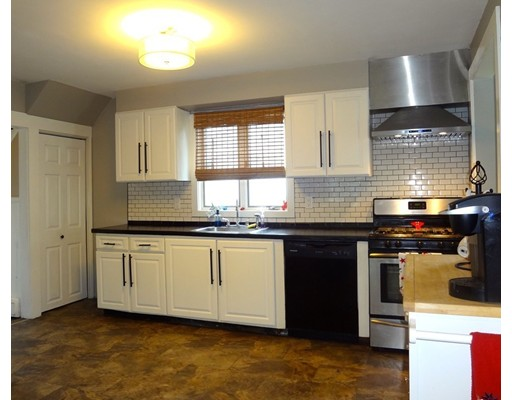 Picture 5 of 11 Tuttle St  Saugus Ma 3 Bedroom Single Family