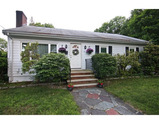 Picture 1 of 20 Fiske Rd  Saugus Ma  3 Bedroom Single Family