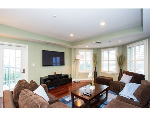 Photo of 10 Seaport Dr #2614