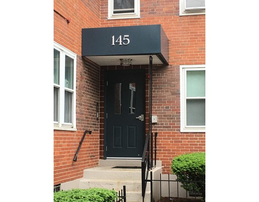 Farragut Road, Boston, MA 02127