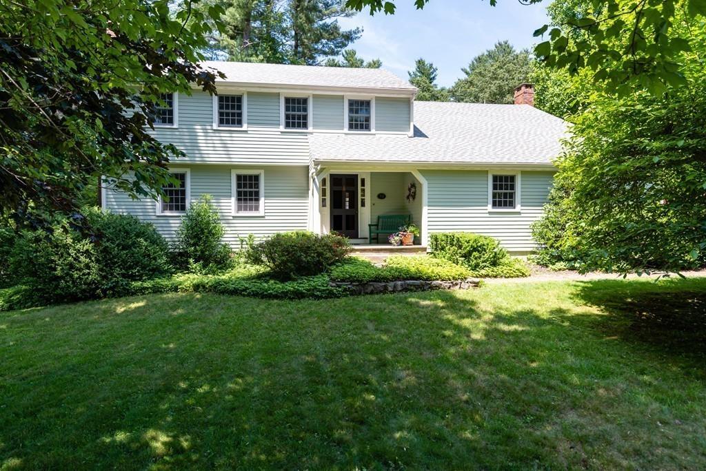 98 Donna Dr, Hanover, Massachusetts