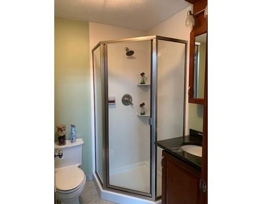 Picture 8 of 48A Everett St Unit 48a Medford Ma 4 Bedroom Condo