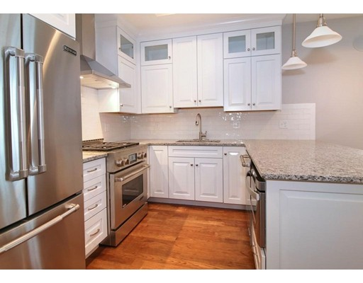 88 F St, Boston, Massachusetts, MA 02127, 4 Bedrooms Bedrooms, 7 Rooms Rooms,Rental,For Rent,4850326