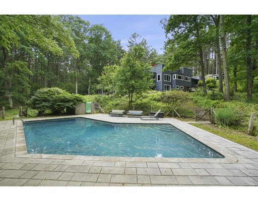 Photo: 4 Twin Pond Ln, Lincoln, MA