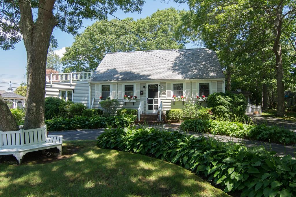 4 Joyce St, Falmouth, Massachusetts