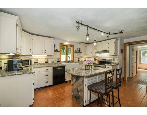 Photo: 49 Cogswell Ave, Beverly, MA