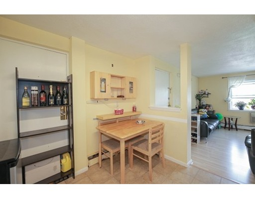 Picture 6 of 200 Newbury Ave Unit 11 Quincy Ma 2 Bedroom Condo
