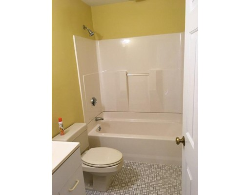 Picture 6 of 230 Willard St Unit 407 Quincy Ma 2 Bedroom Condo