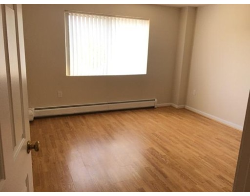 Picture 9 of 230 Willard St Unit 407 Quincy Ma 2 Bedroom Condo