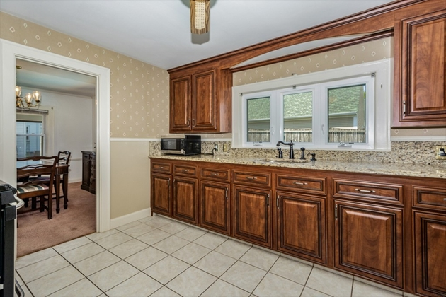 Picture 3 of 65 George Rd  Quincy Ma 3 Bedroom Single Family