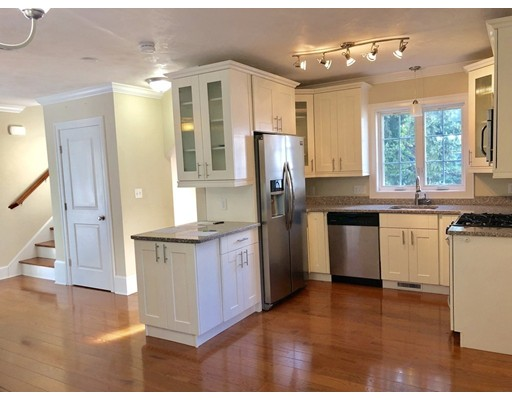 Picture 10 of 44 Town Hill St Unit 3 Quincy Ma 3 Bedroom Condo
