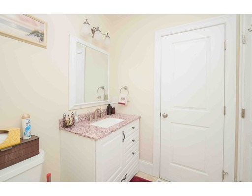 Picture 12 of 44 Town Hill St Unit 3 Quincy Ma 3 Bedroom Condo