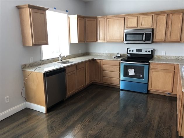 Picture 7 of 31-33 Ashland Unit 2 Haverhill Ma 2 Bedroom Condo