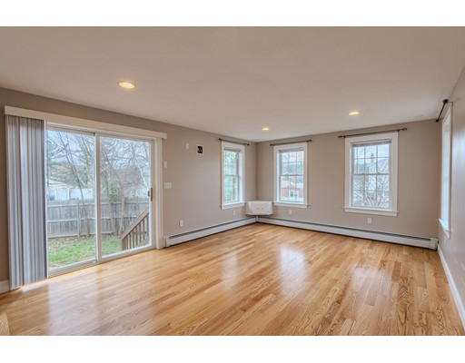 Picture 10 of 5 Norman St  Dracut Ma 4 Bedroom Single Family
