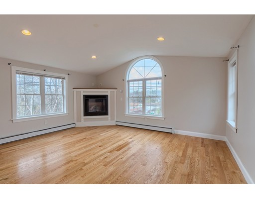 Picture 12 of 5 Norman St  Dracut Ma 4 Bedroom Single Family